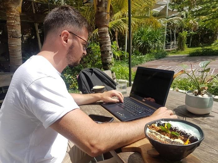 travailler à Bali